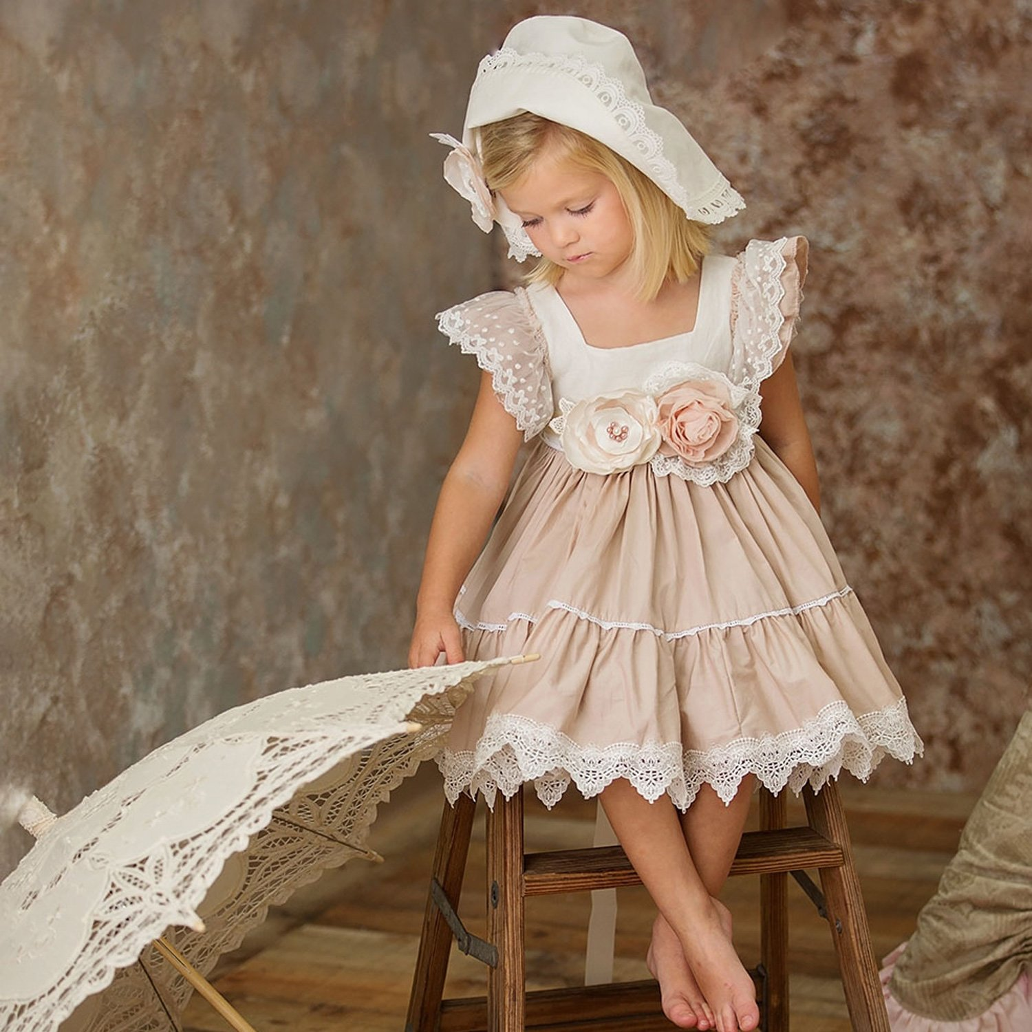63bb6c7c Frilly Frocks