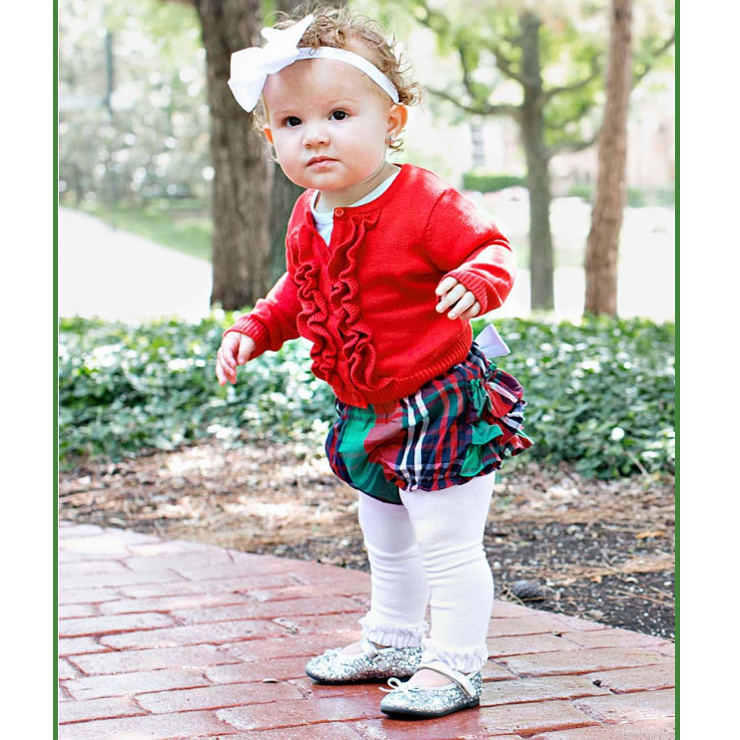 Newborn Christmas Photo Ideas | Babys First Christmas Outfit | Baby Bling Street Baby Fashion Boutique
